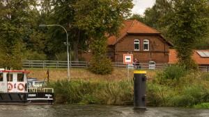 Am Elbe-Lübeck-Kanal