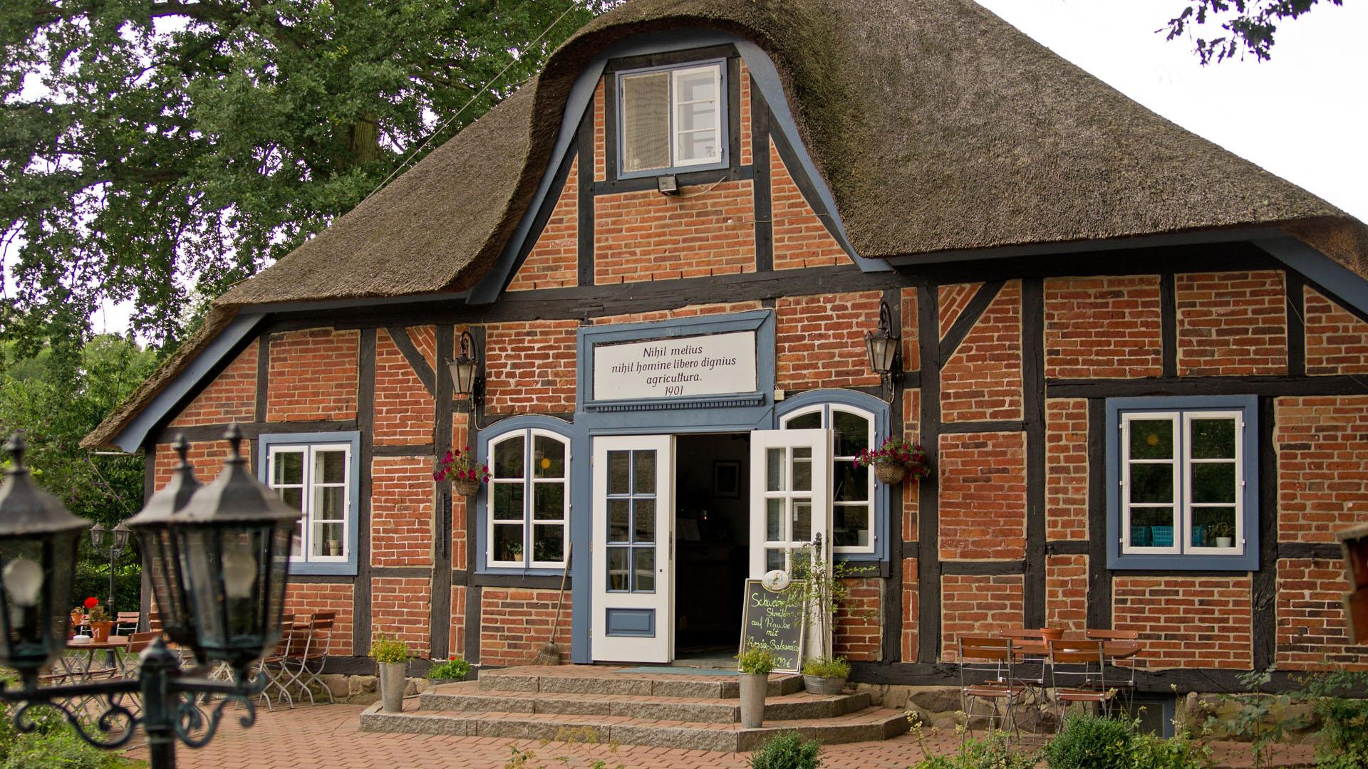 Holsteiner Restaurant Prinzeninsel bei Plön in autofreier Lage