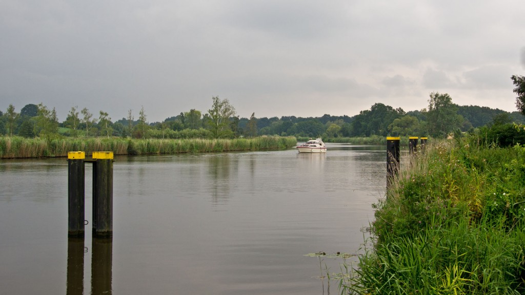 Elbe-Lübeck-Kanal / Fernradweg Alte Salzstraße