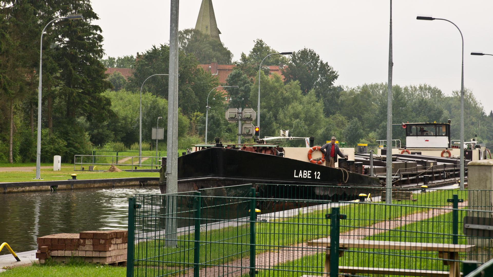Schleuse an der Alten Salzstraße / Elbe-Lübeck-Kanal