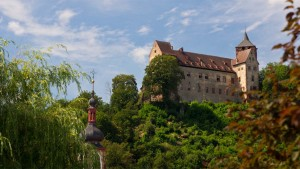 Burg Rothenfels am Mainradweg