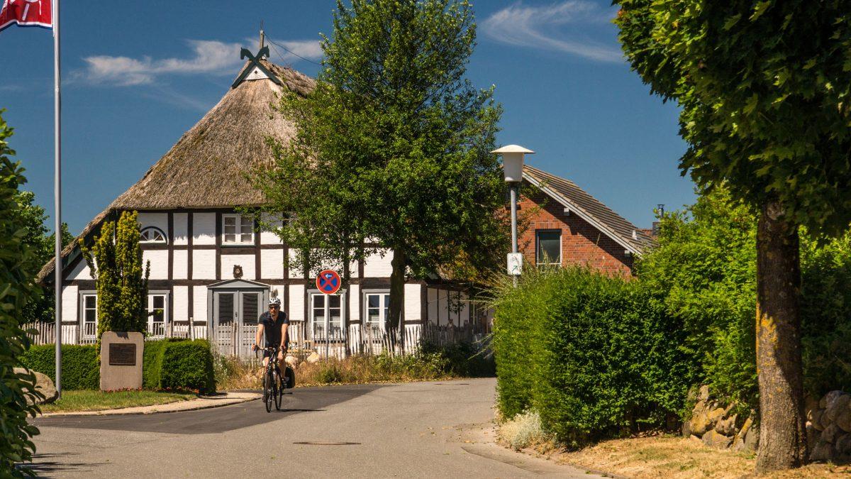 Reetdachhaus His Tour im Ostseeferienland